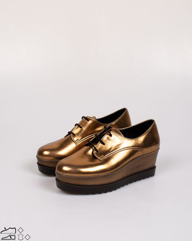 Pantofi-dama-cu-siret-si-aspect-metalizat