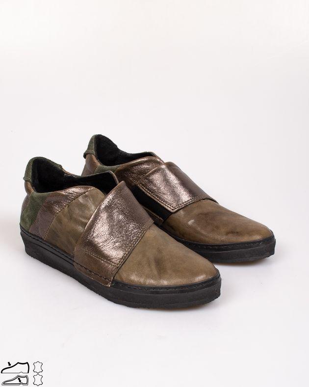 Pantofi-din-piele-naturala-confortabili-cu-talpa-flexibila