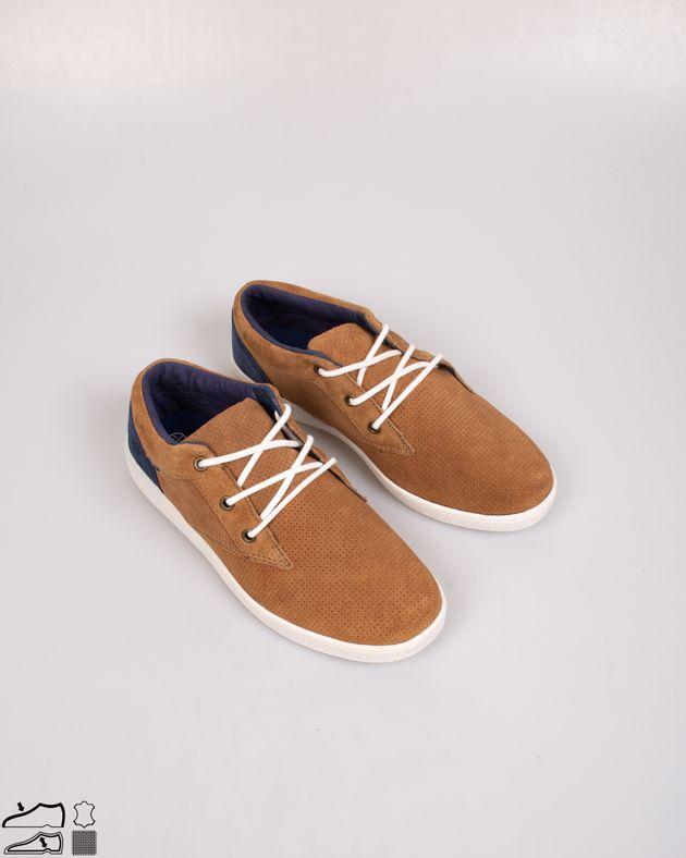Pantofi-casual-din-piele-intoarsa-cu-model-perforat