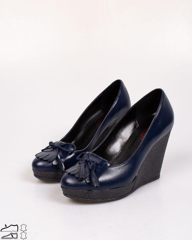 Pantofi-din-piele-naturala-cu-talpa-ortopedica-si-funda-cu-ciucuri