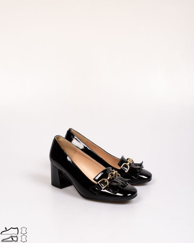 Pantofi-din-piele-naturala-lacuita-cu-franjuri