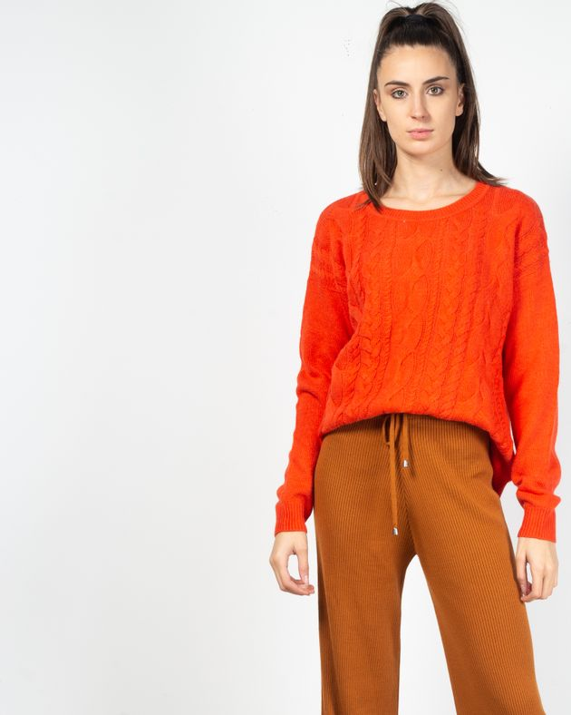 Pulover-tricotat-cu-maneca-lunga