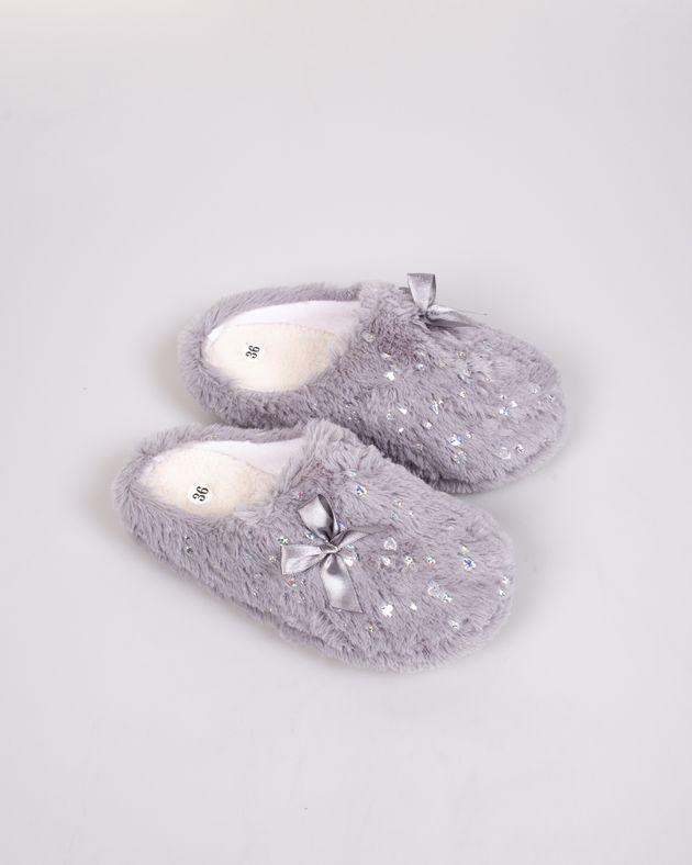 Papuci-de-casa-caldurosi-cu-funda
