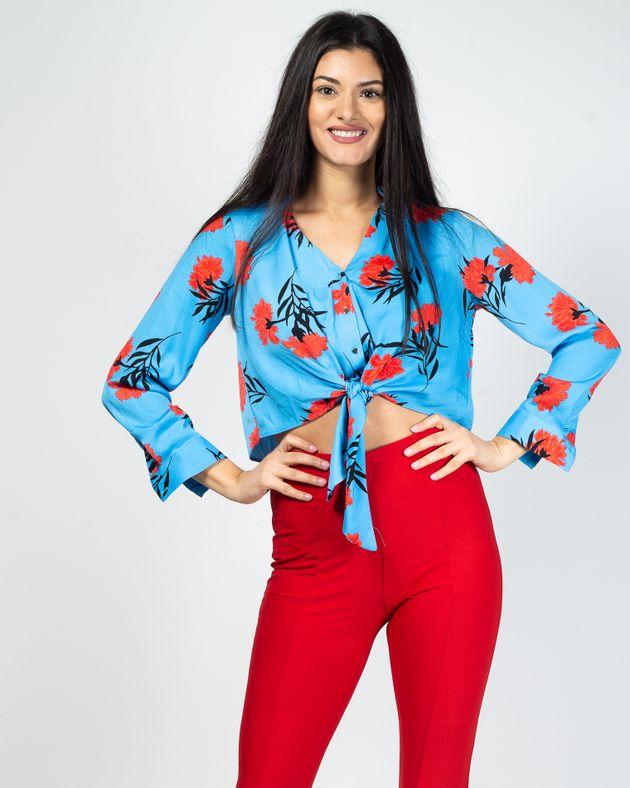 Bluza-scurta-cu-imprimeu-floral-si-nasturi