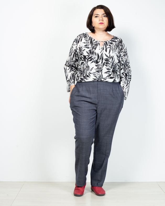 Pantaloni-cu-buzunare-si-fermoar-2030901050