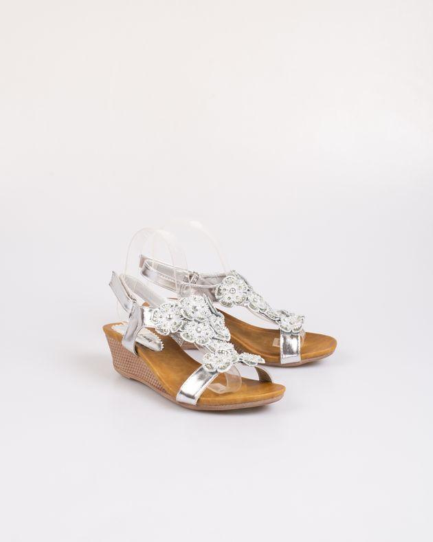 Sandale-metalizate-cu-detalii-si-platforma-2030902018