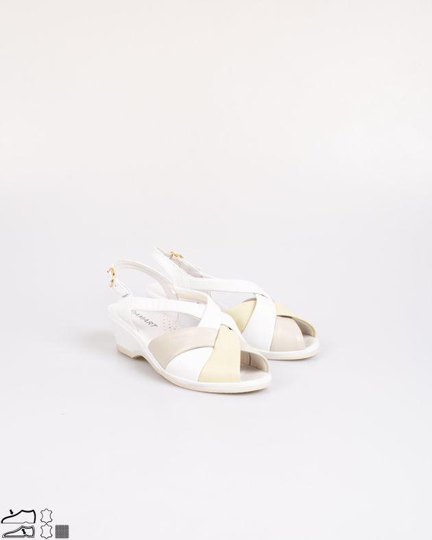 Sandale-usore-din-piele-naturala-cu-barete-si-catarama-2030902021