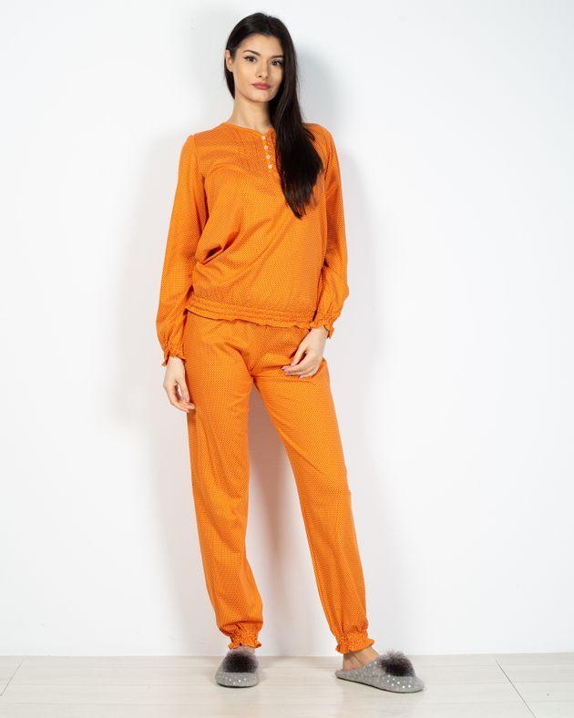 Pijamale-dama-cu-nasturi-la-baza-gatului-2030704002